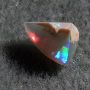 1.3 cts. White Opal (pre-polished)